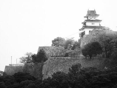 四国現存天守を巡る旅 讃岐丸亀城